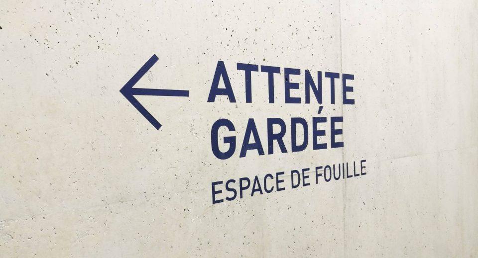 Palais de Justice de Béziers France Signalétique